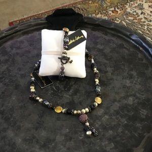 Elegant Pearl and Garnet Necklace/Bracelet Set